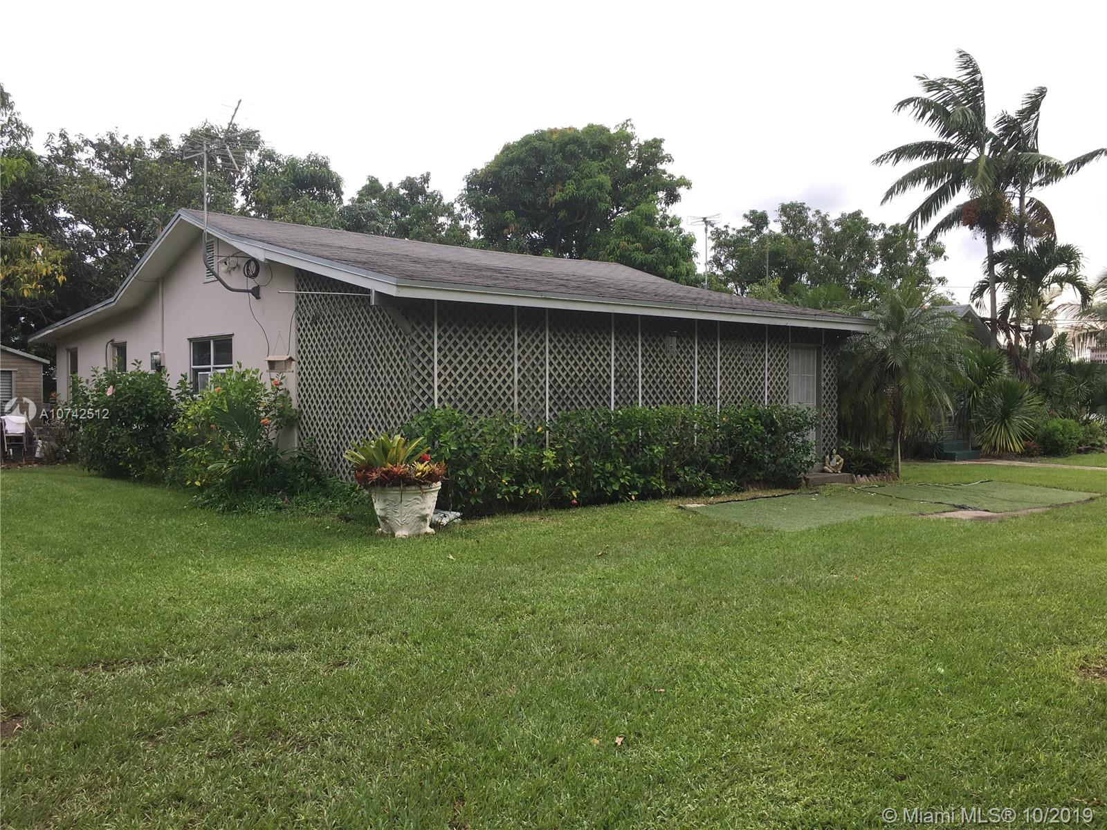 19900 SW 264th ST  For Sale A10742512, FL