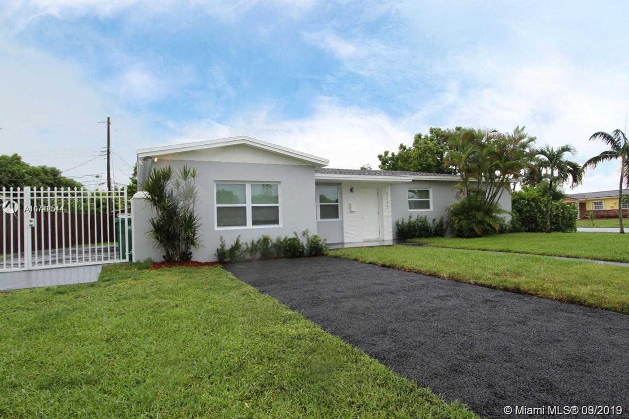 9735 SW 14th St, Miami, FL 33174