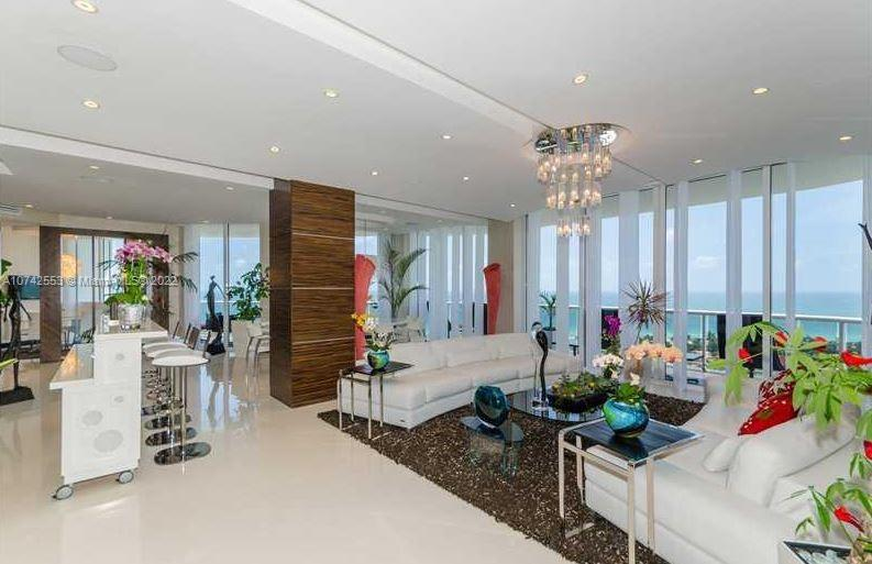 One Island Place II, a smart residence condo FOR SALE. This elegant 4bd 5.5bth + media room tower suite is completed renovated with all the finest finishes features include spectacular ocean and intracoastal views, private elevator entrance, expansive terraces, impact windows, white limestone floors, Italian design cabinetry and state of the art gourmet kitchen. Enjoy world class amenities fitness center, Swimming pool, Spa/Hot-tub and Tennis.