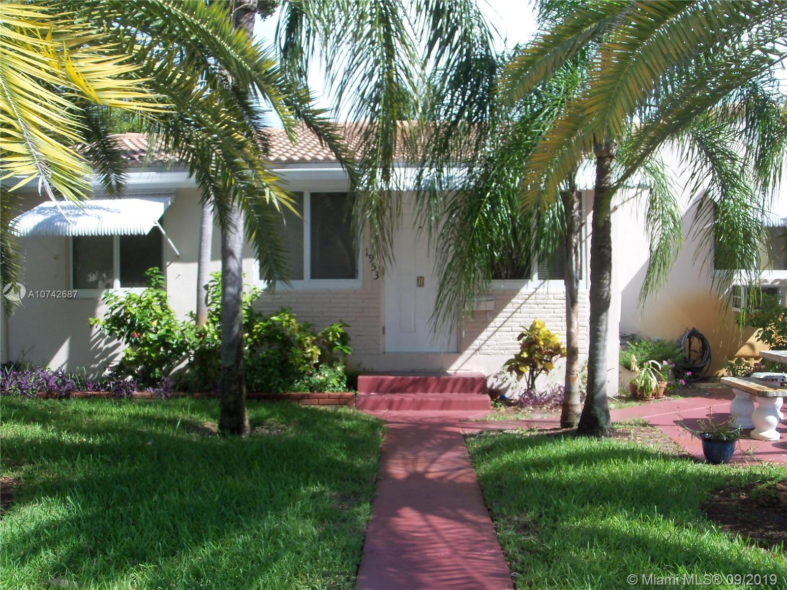 1953  Wilson St  For Sale A10742687, FL