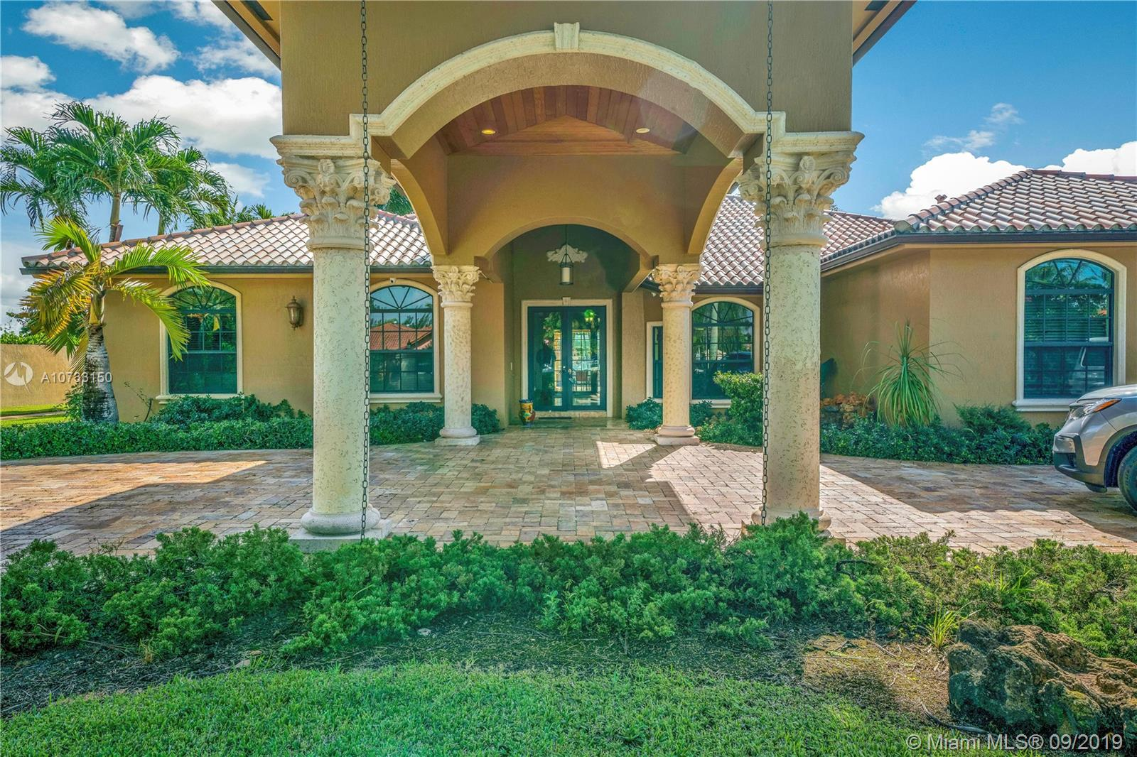 13525 NW 102nd Ave  For Sale A10733150, FL
