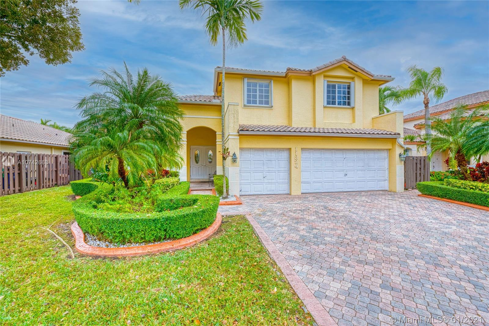 11324 NW 66th St  For Sale A10742663, FL