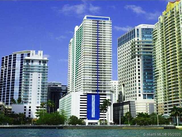 1200 Brickell Bay Dr #3319, Miami FL 33131