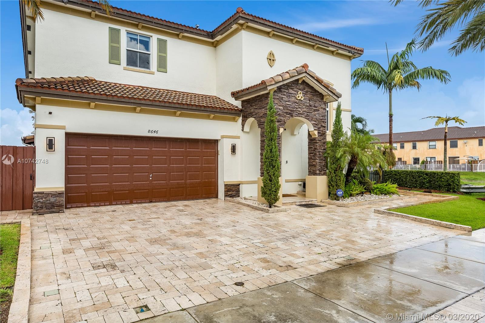 8646 NW 115th Pl  For Sale A10742748, FL