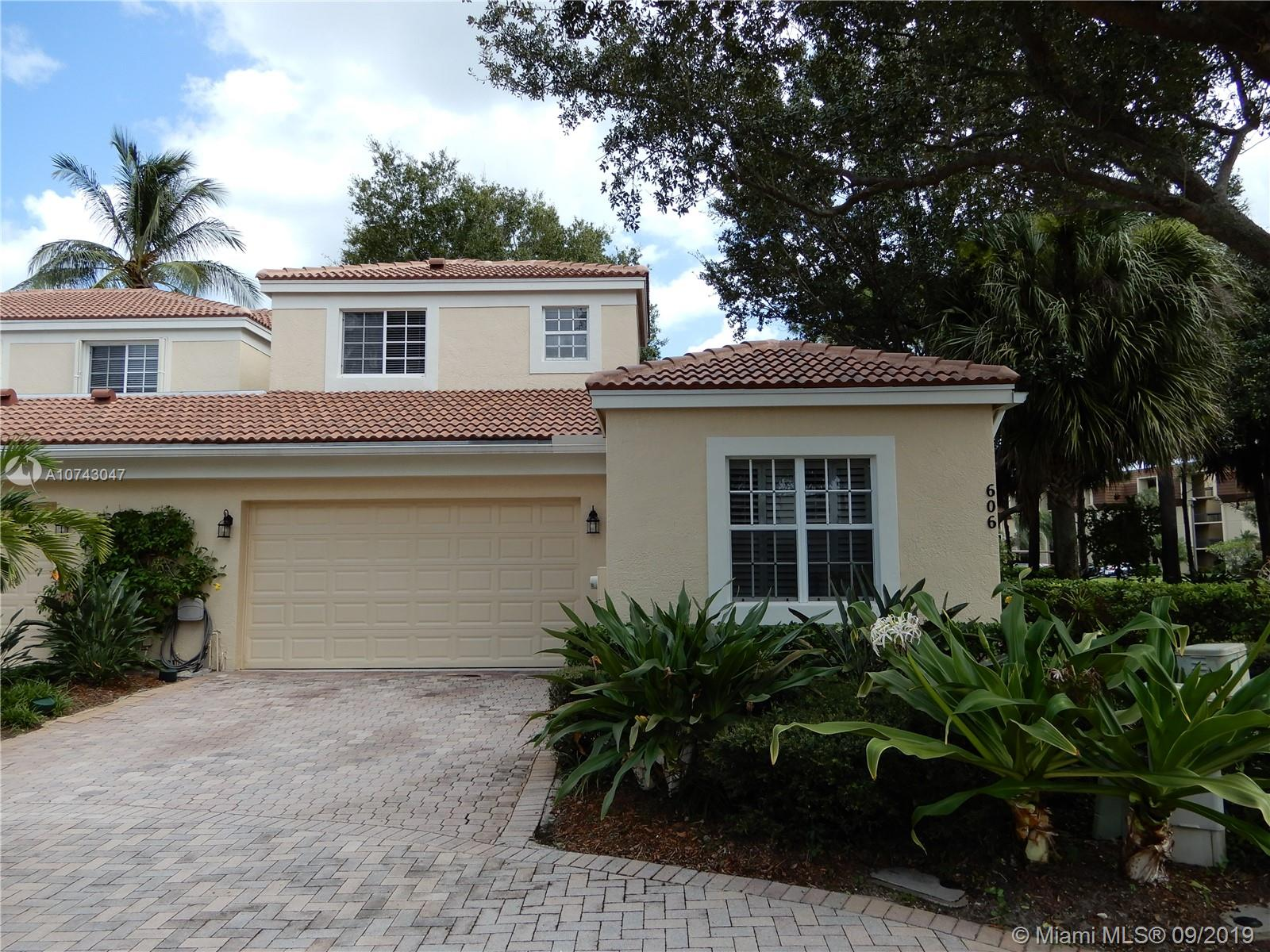 606  Commons Ln  For Sale A10743047, FL
