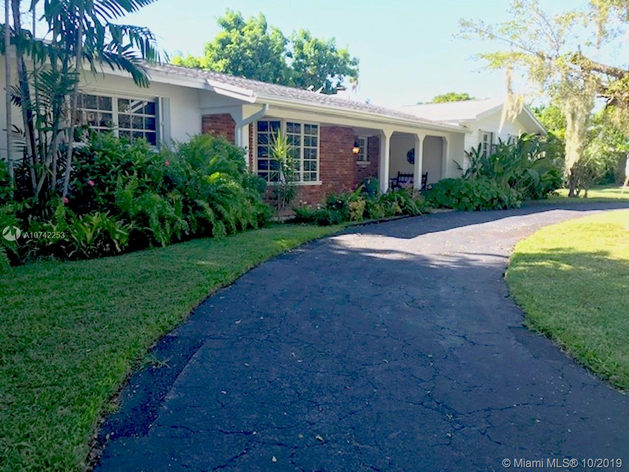 13920 SW 73rd Ave  For Sale A10742253, FL