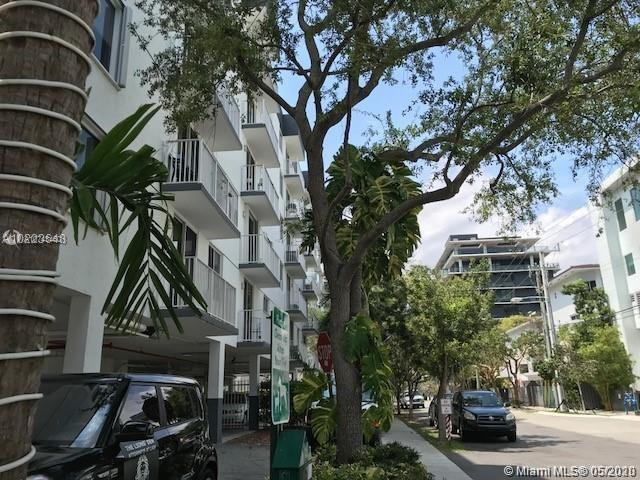 126 SW 17th Rd #209 For Sale A10743460, FL