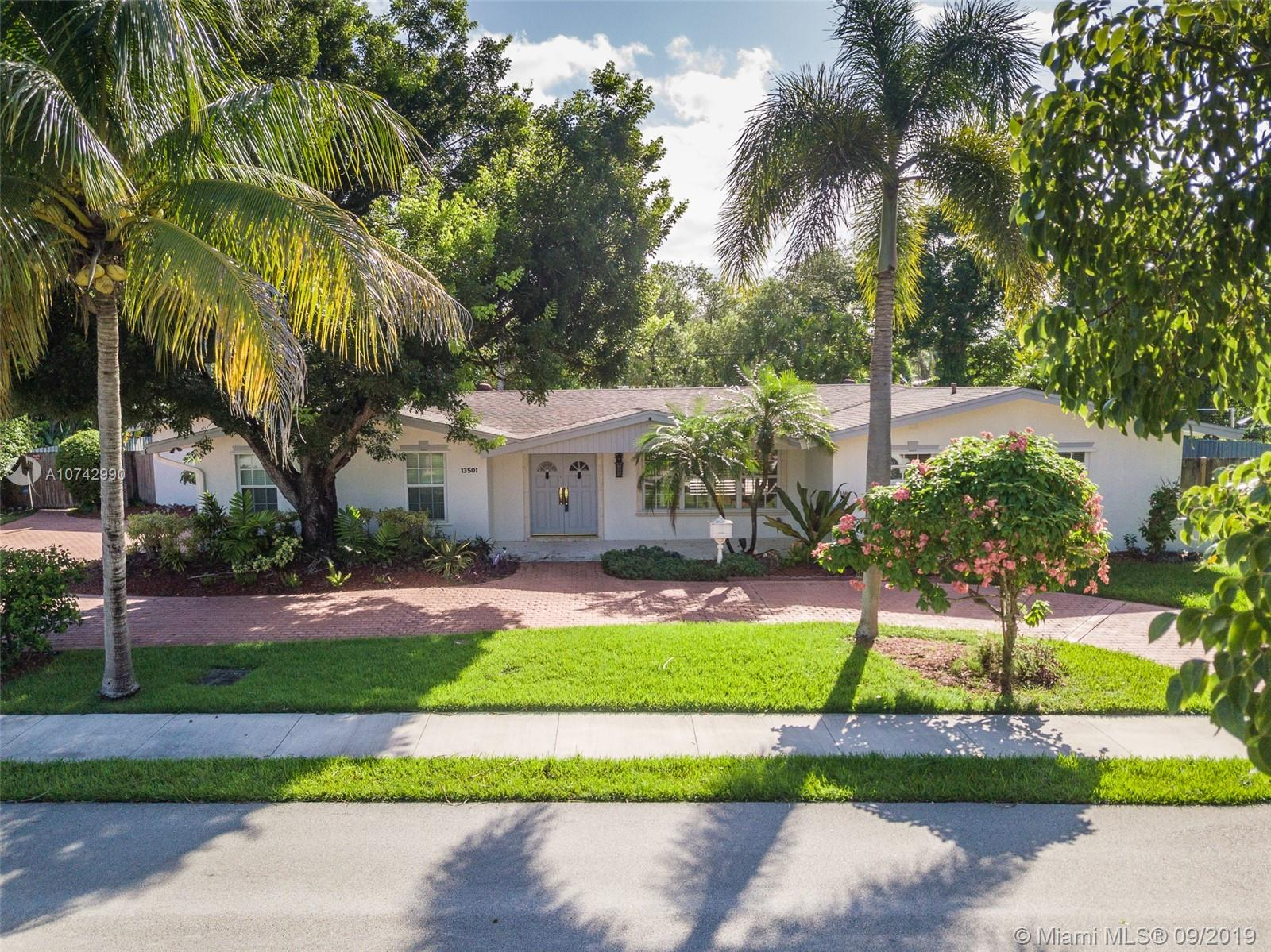 13501 S W 74th Ave  For Sale A10742990, FL