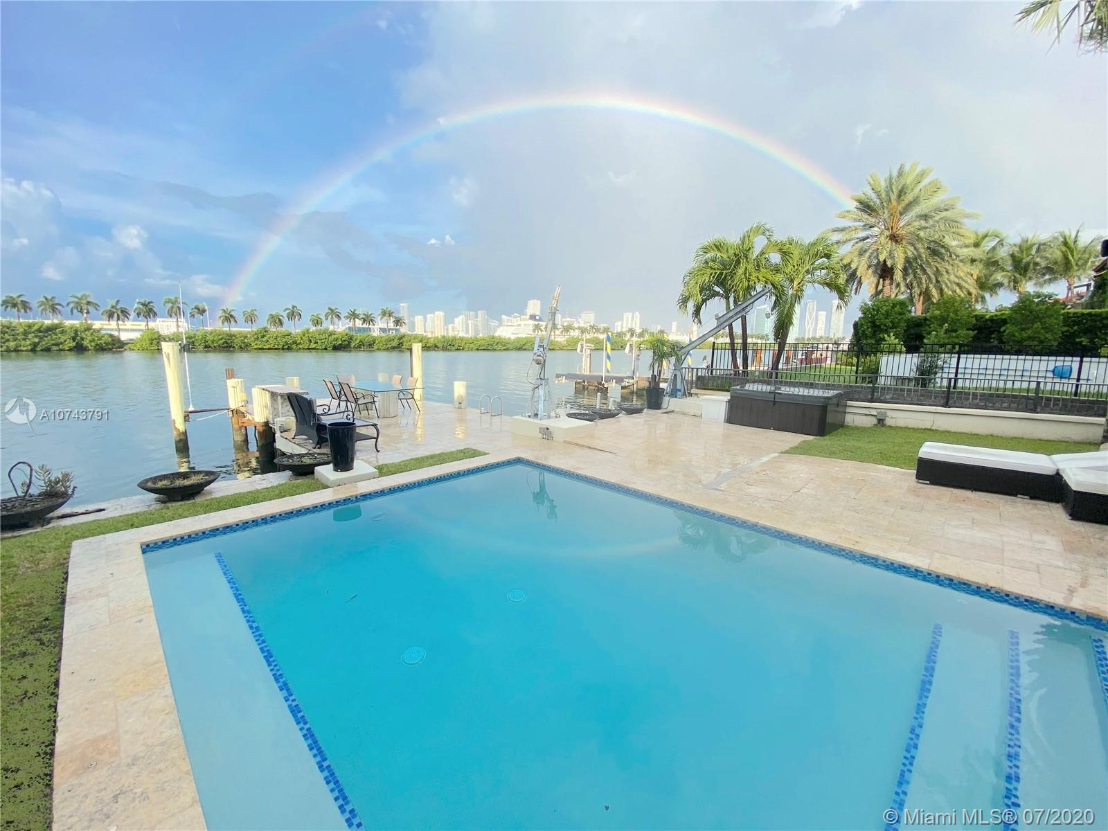 224  S Coconut Ln  For Sale A10743791, FL