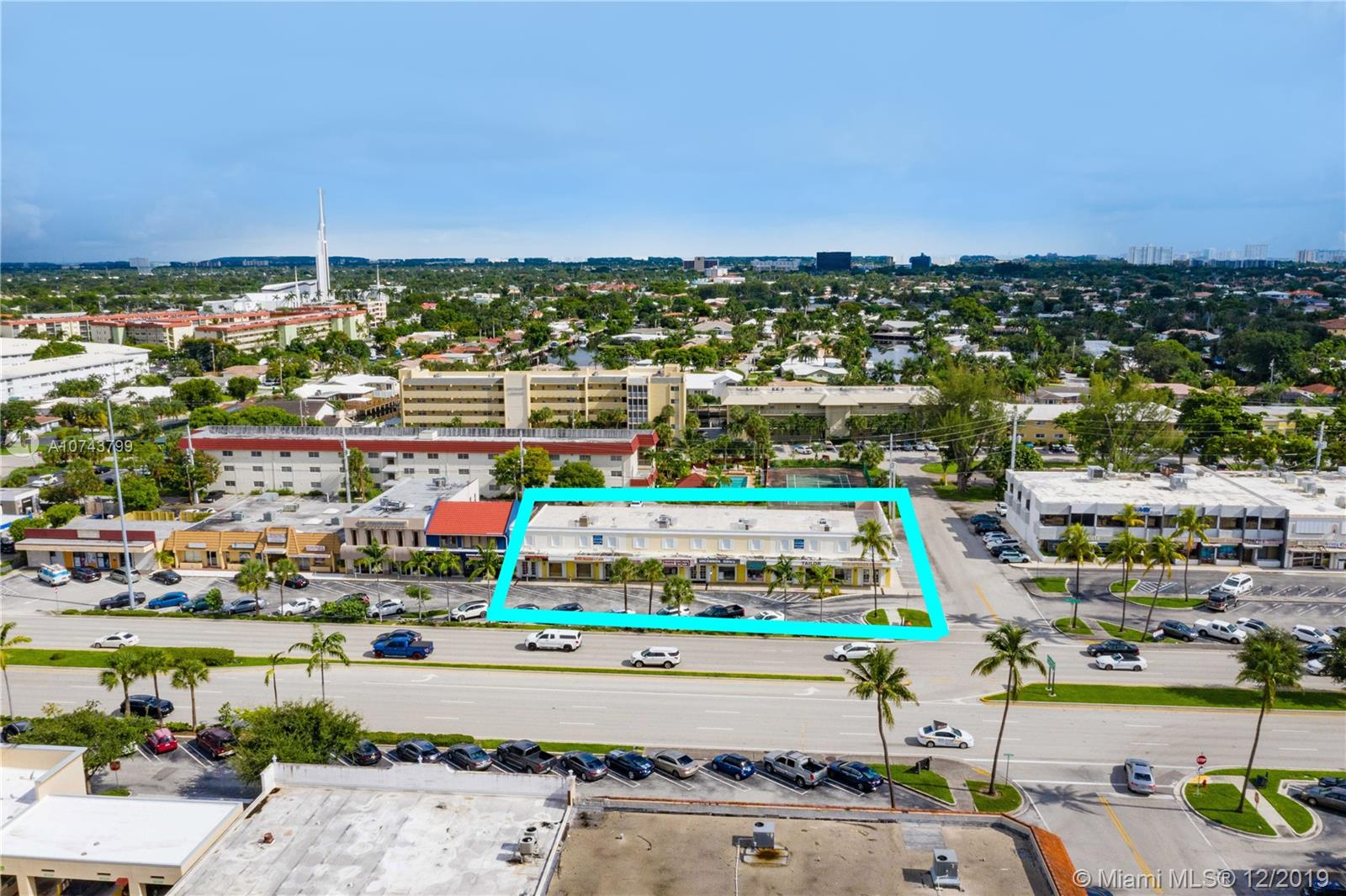 2701-2715 E Commercial Blvd, Fort Lauderdale, FL 33308