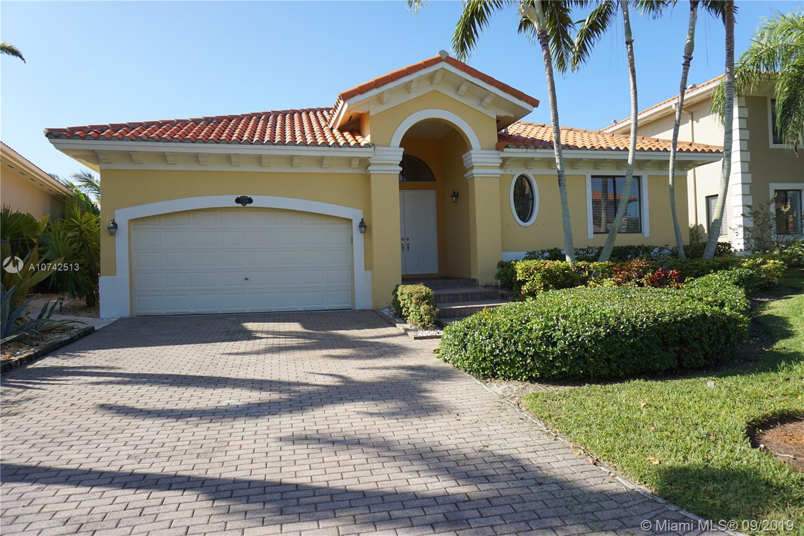 7764 SW 193rd St  For Sale A10742513, FL