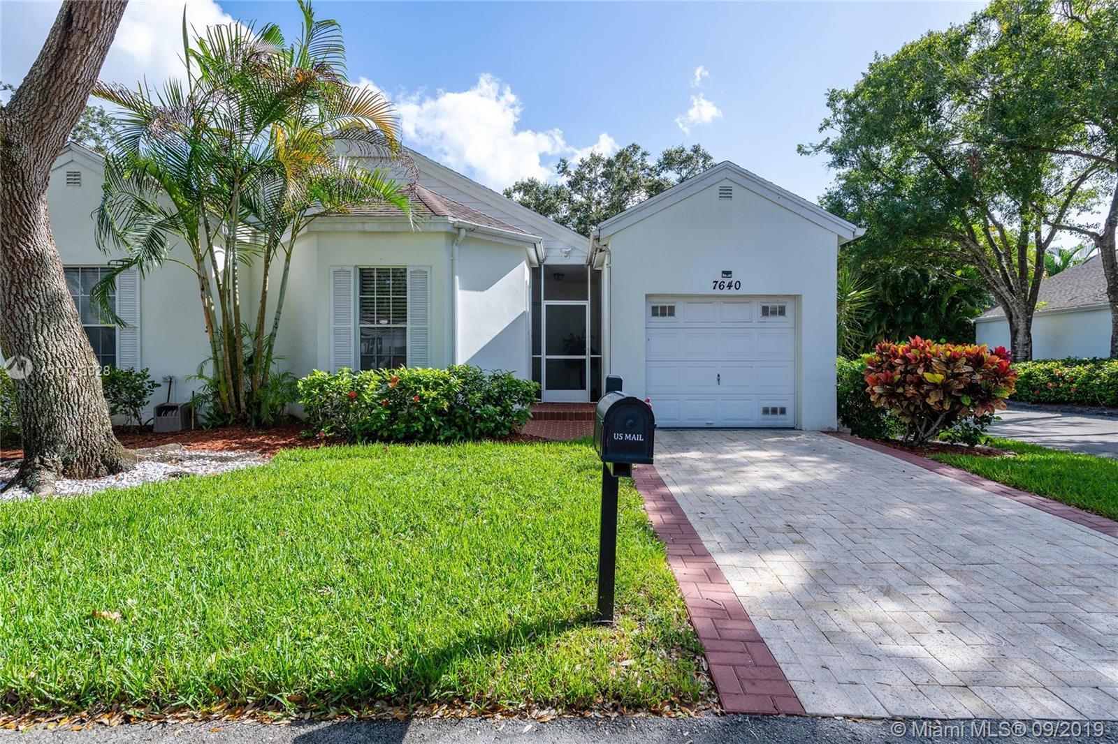 7640 Forest Green Ln, Boynton Beach, FL 33436