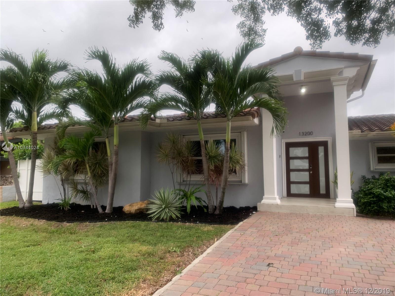 13200 N Bayshore Dr, North Miami, FL 33181