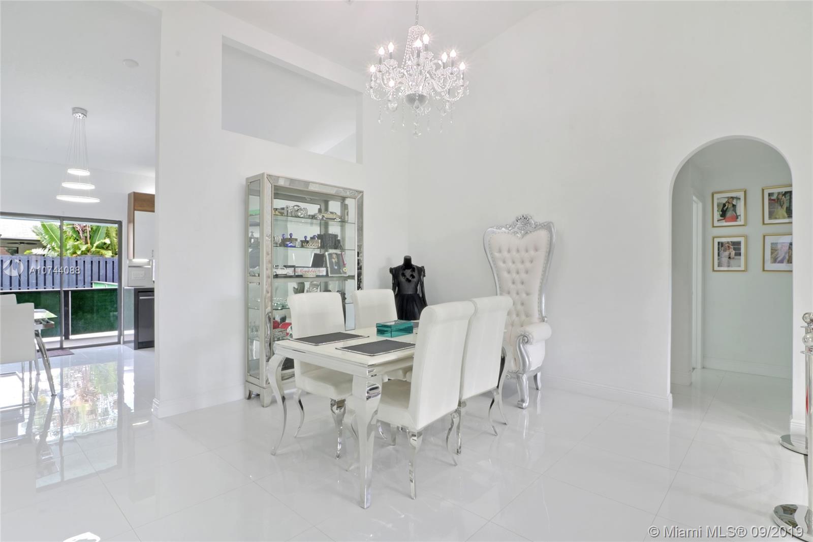 270 SE 7th Street, Dania Beach, FL 33004