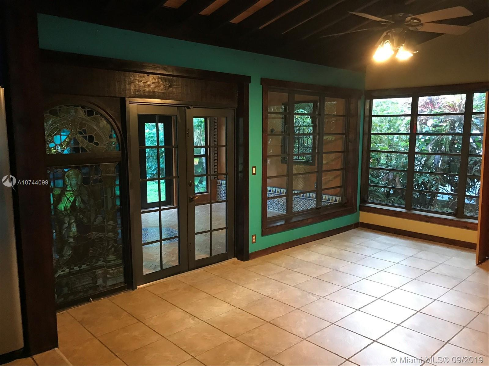 272  191st St  For Sale A10744099, FL