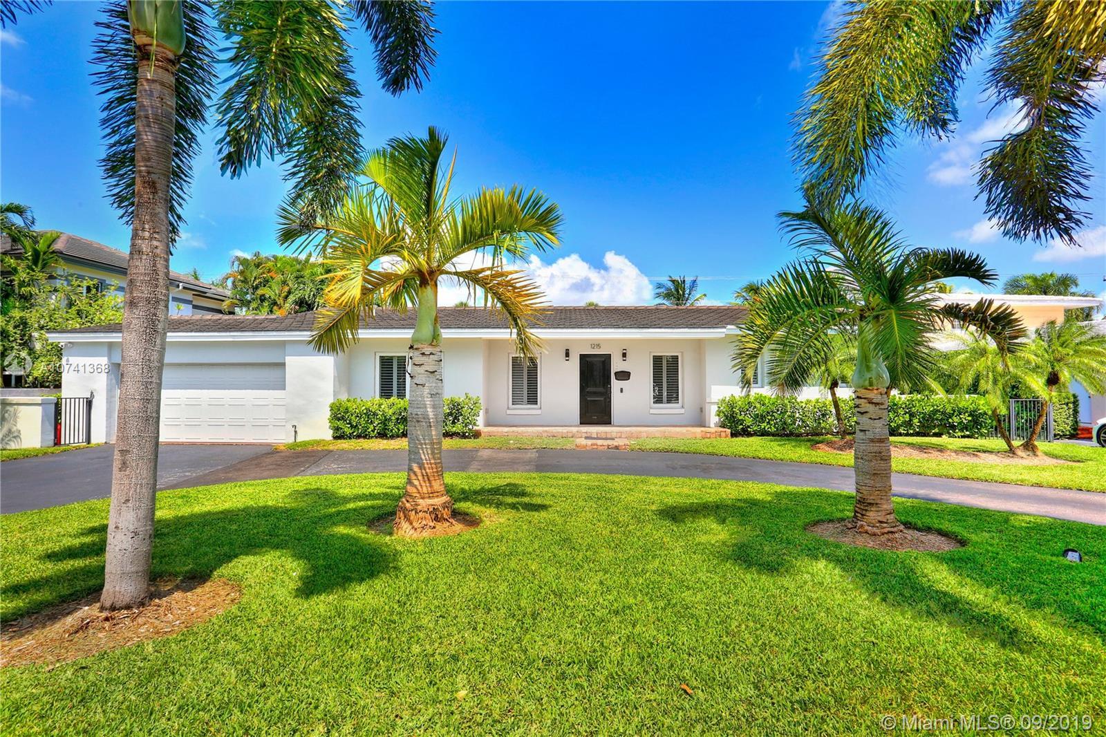 1215  Campo Sano Ave  For Sale A10741368, FL