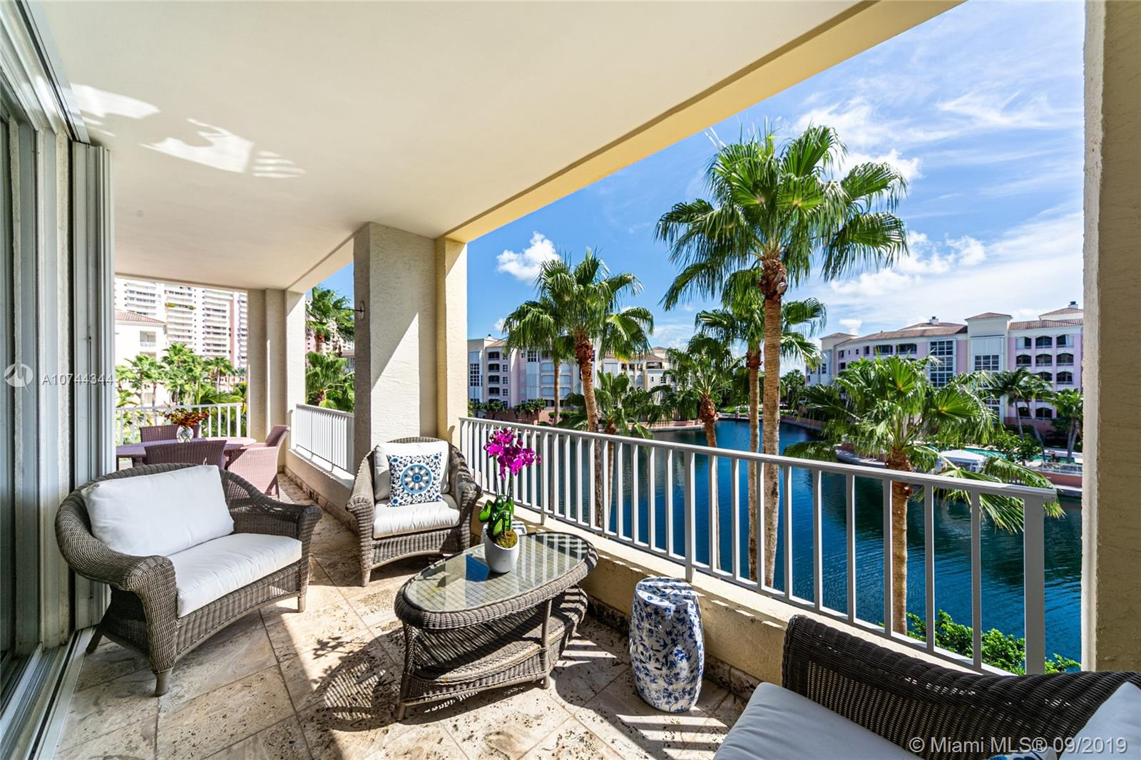 707  Crandon Blvd #408 For Sale A10744344, FL