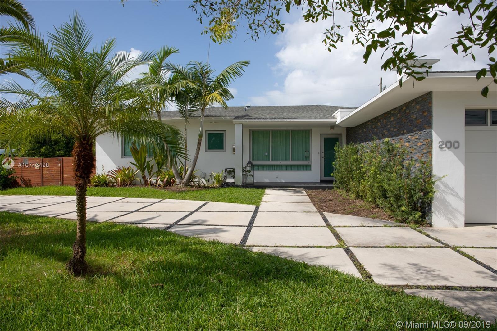 200 N Shore Dr  For Sale A10743498, FL