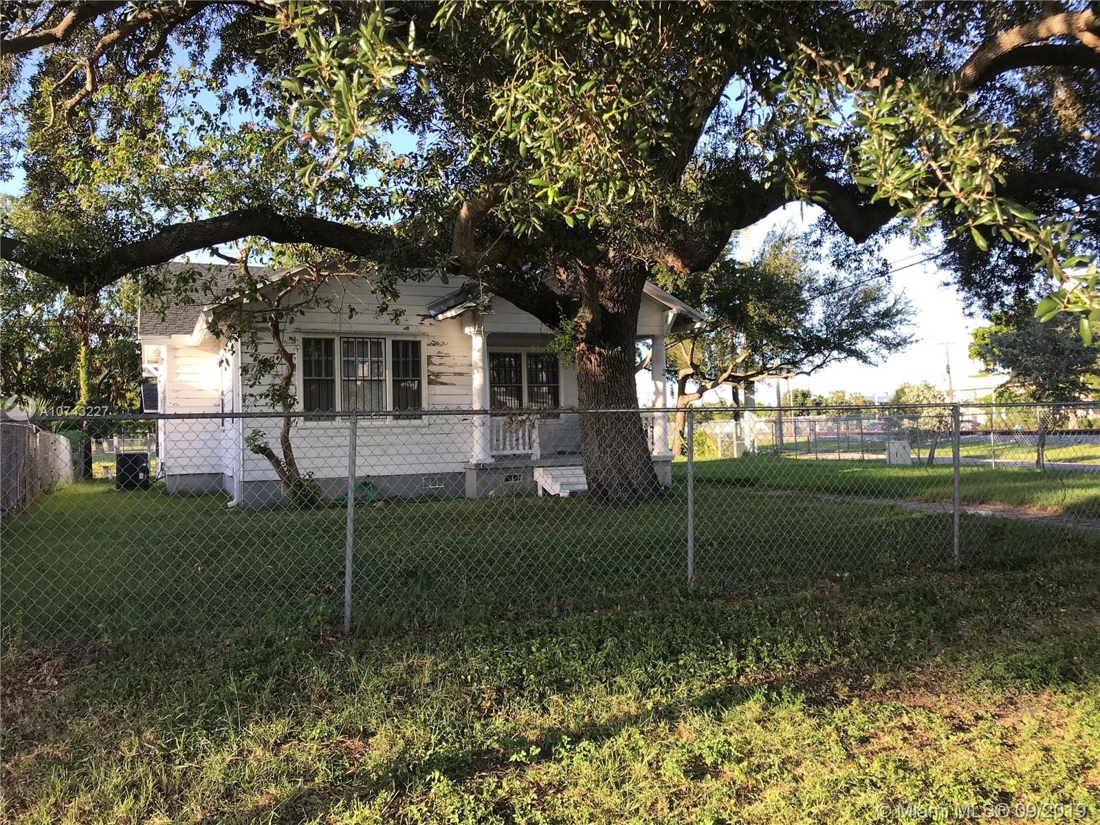 331 NE 48th Ter  For Sale A10743227, FL