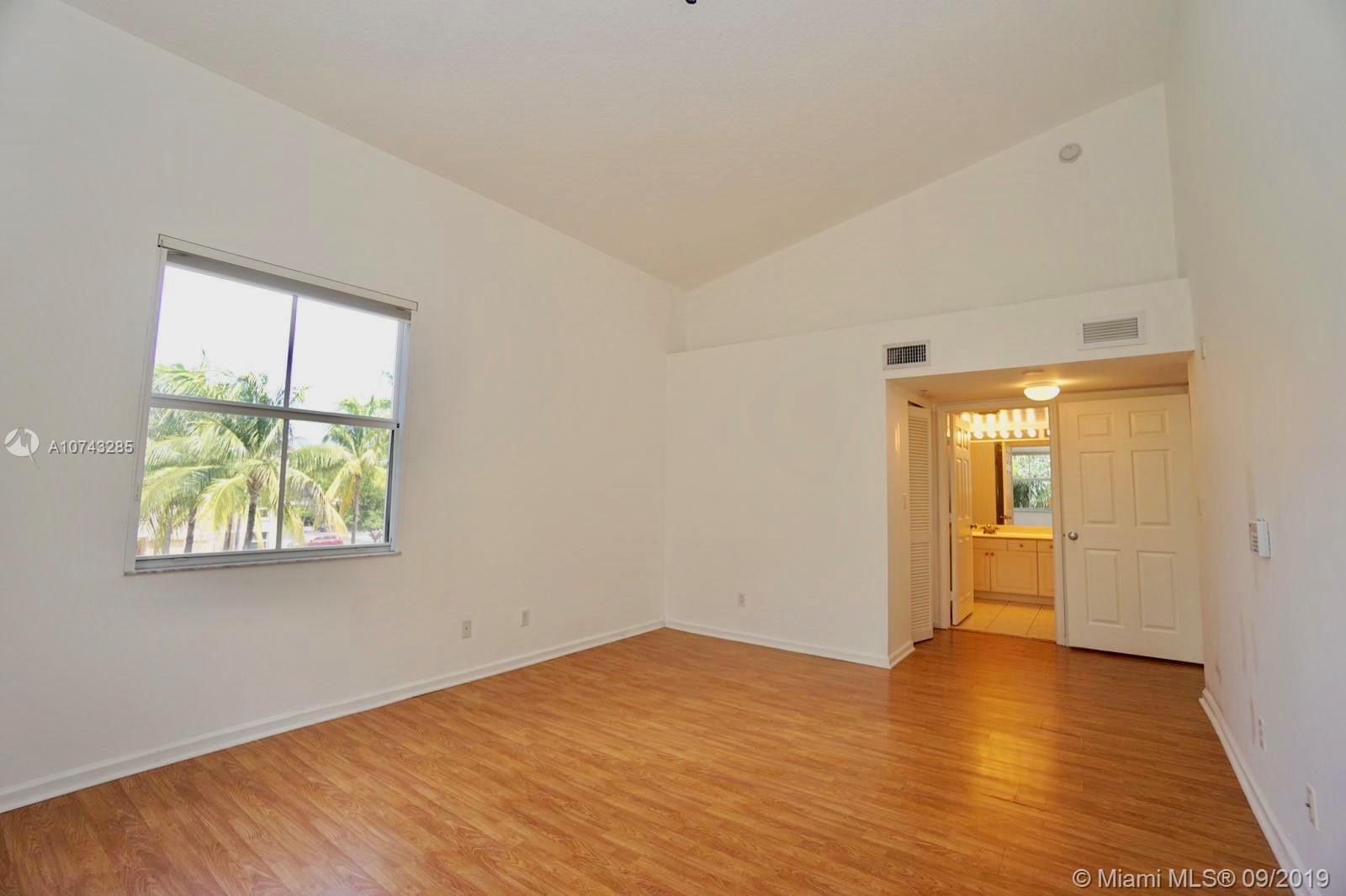 609 E Sheridan St 308, Dania Beach, FL 33004