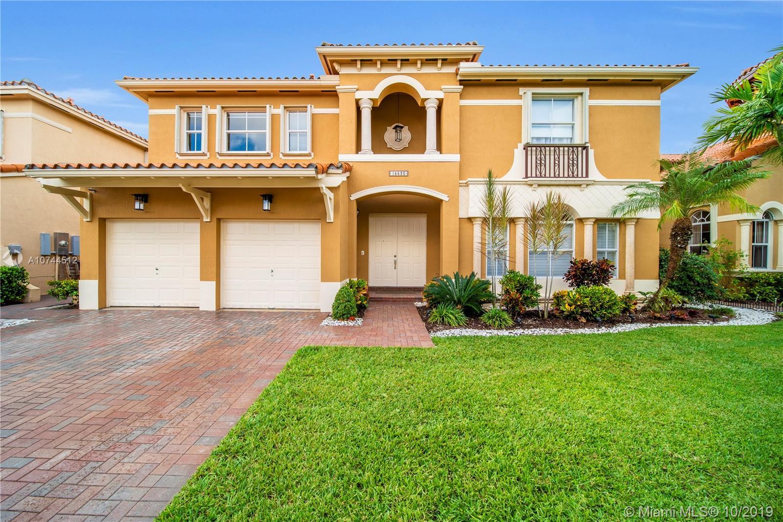 15520 SW 27th St, Miami, FL 33185