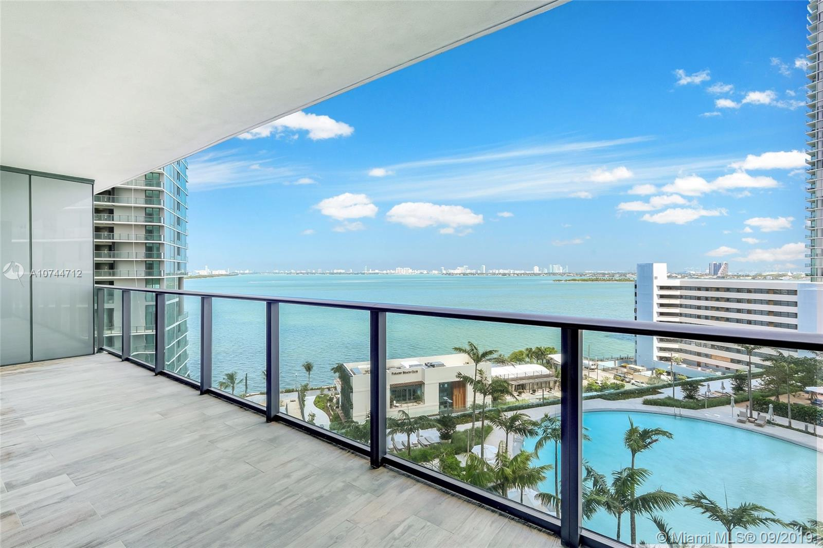 650 NE 32nd St #1003 For Sale A10744712, FL
