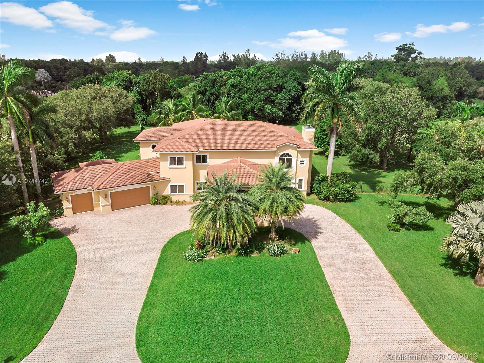 5051 SW 192nd Ter, Southwest Ranches, FL 33332