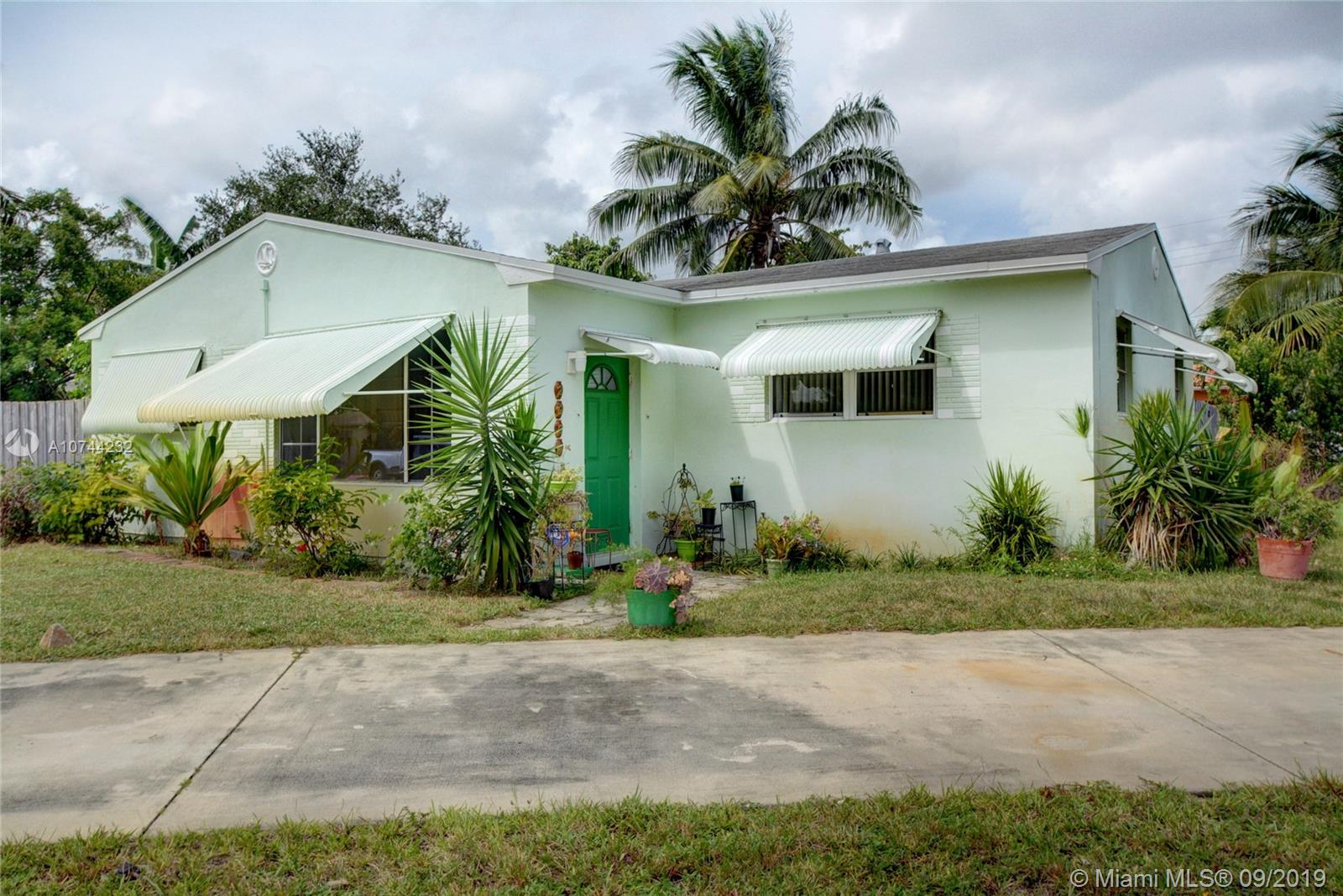 2901  Dewey St  For Sale A10744232, FL