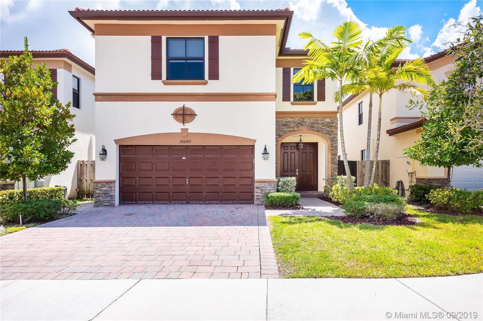 10080 NW 86th Ter, Doral FL 33178