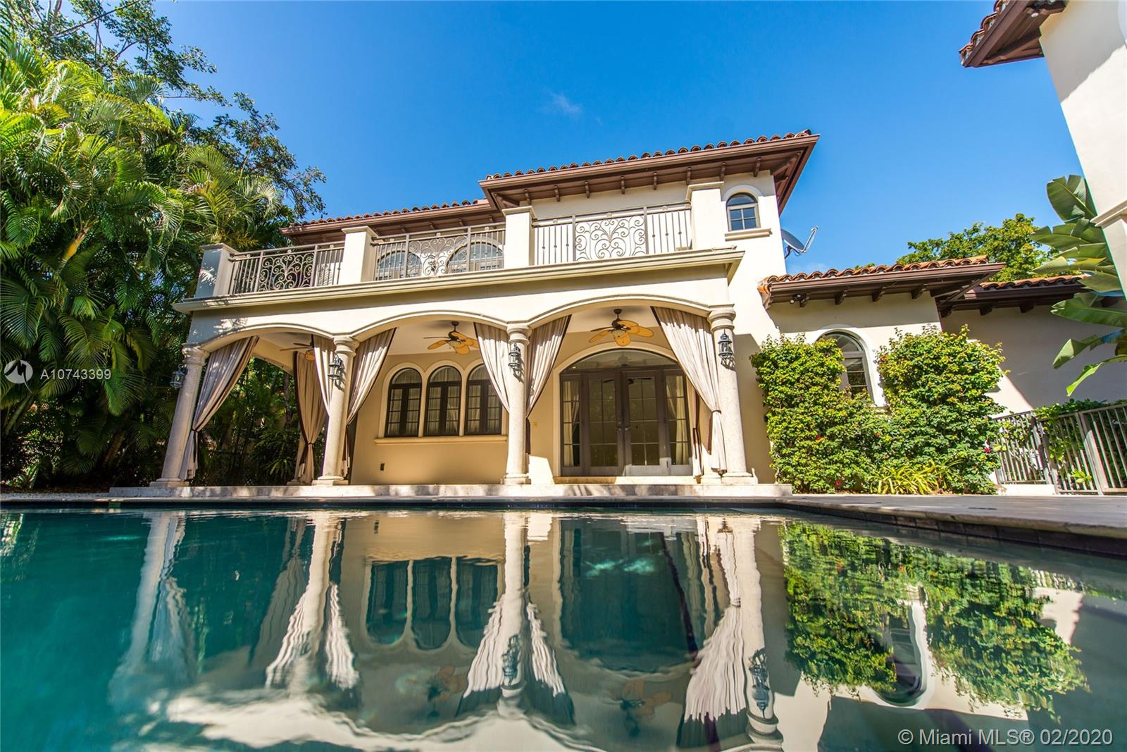 440  Vilabella Ave  For Sale A10743399, FL