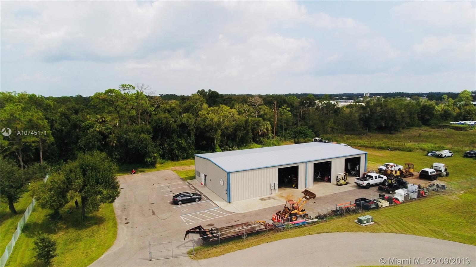 401 E Lincoln Avenue, Other City - In The State Of Florida, FL 33935