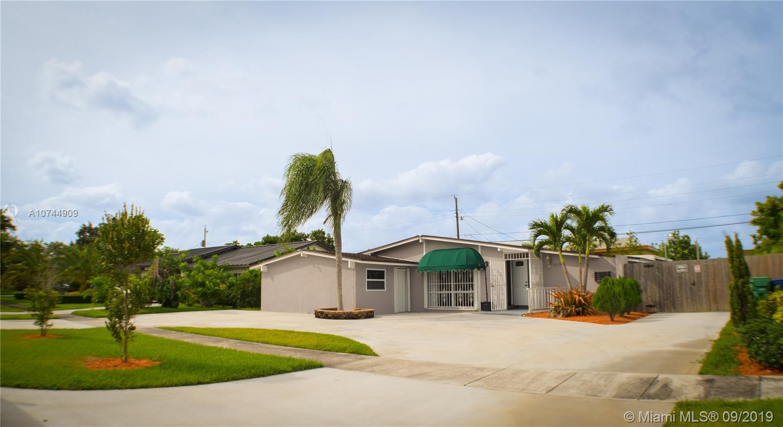 9799 SW 158th St  For Sale A10744909, FL