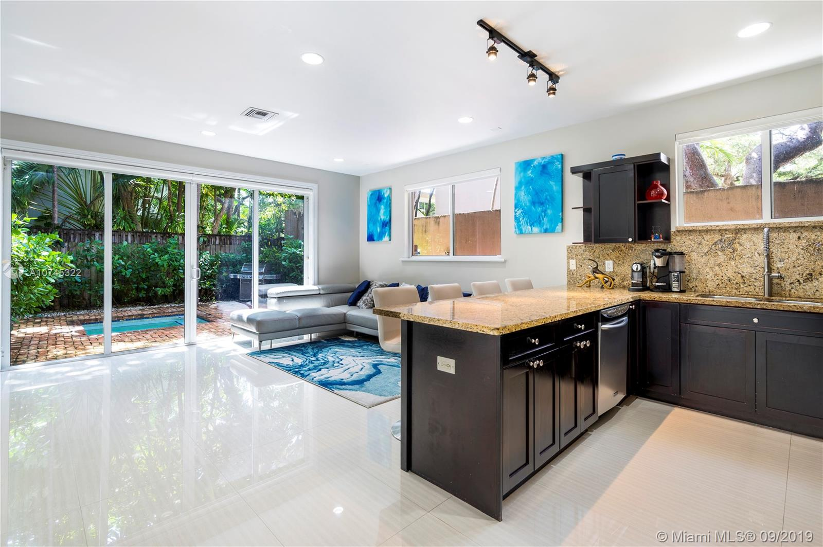 2842  Shipping Ave #2842 For Sale A10745322, FL