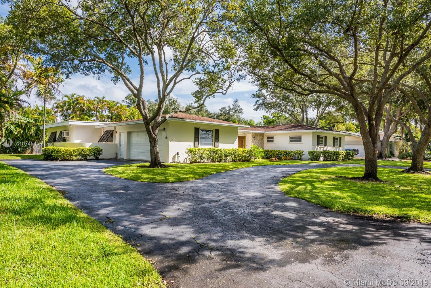 8445 SW 147th St  For Sale A10745456, FL