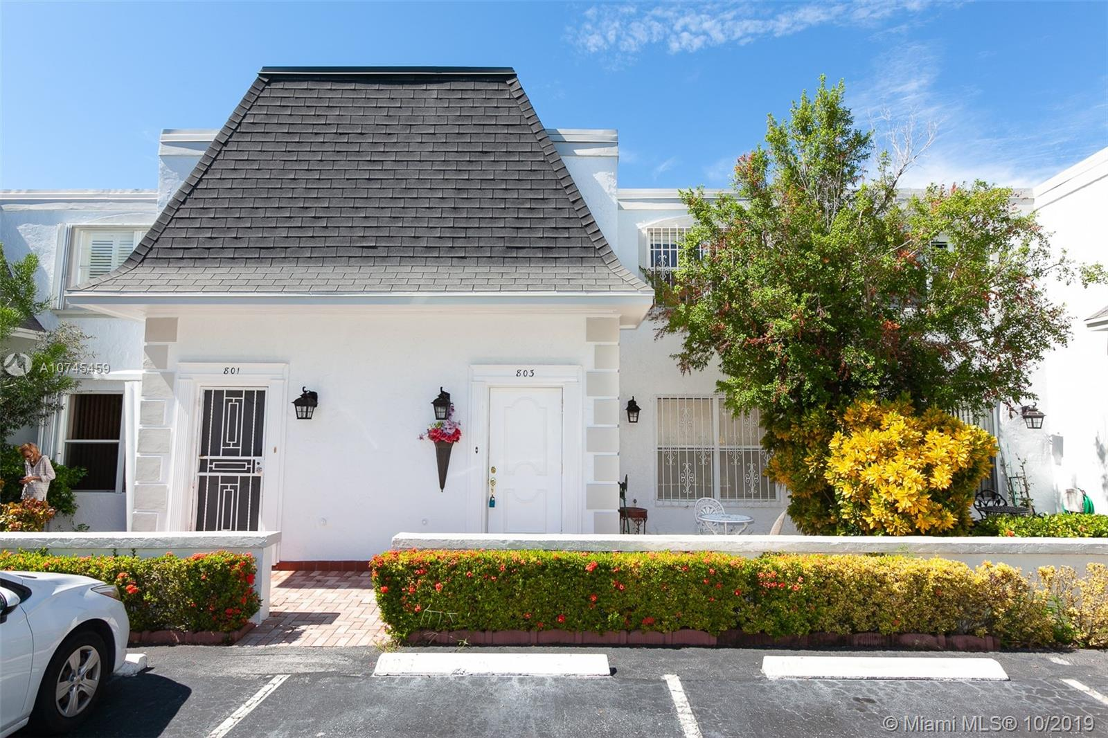 803 NE 27th Ave #803 For Sale A10745459, FL