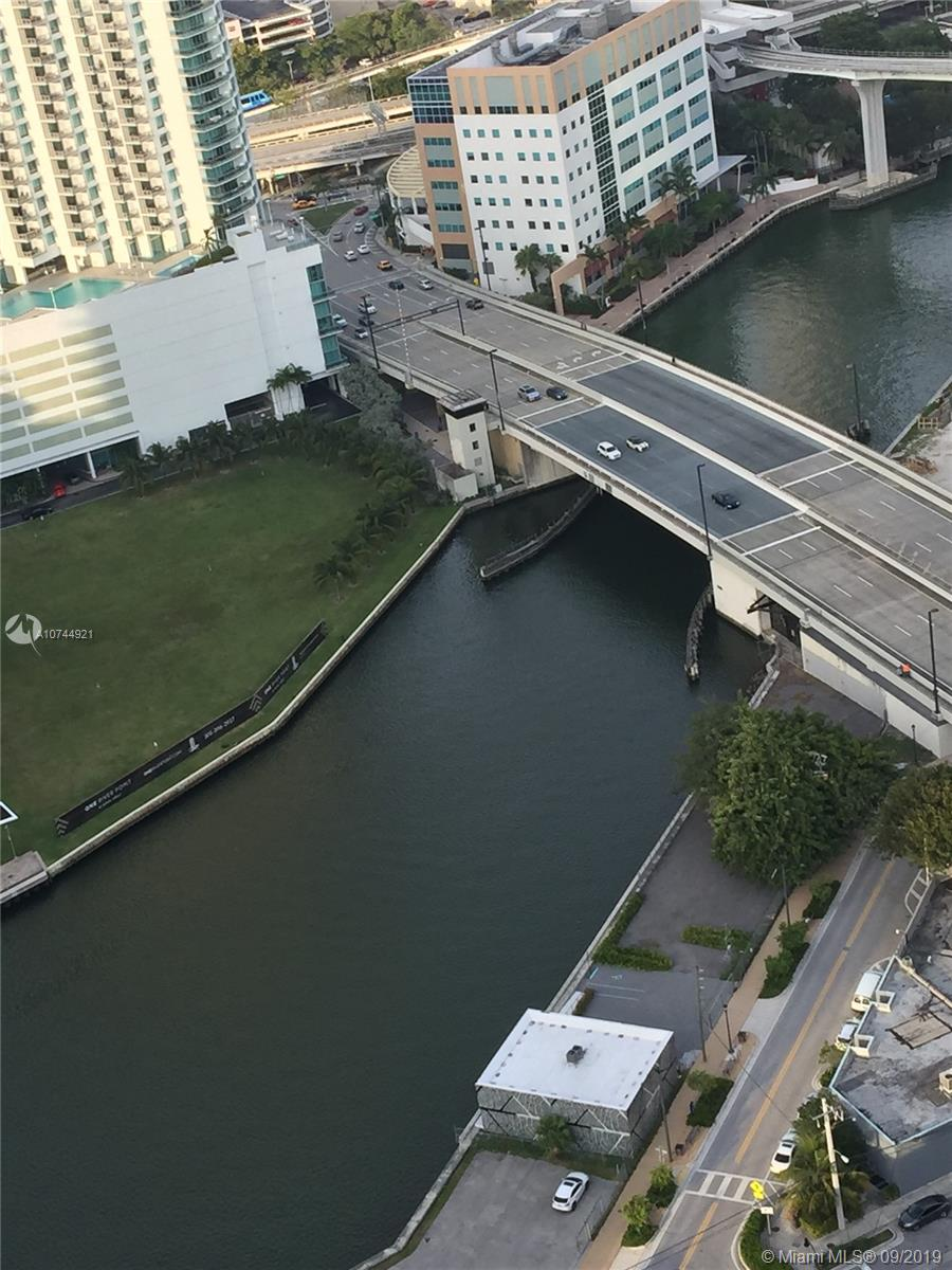 88 S W 7th St #3711 For Sale A10744921, FL