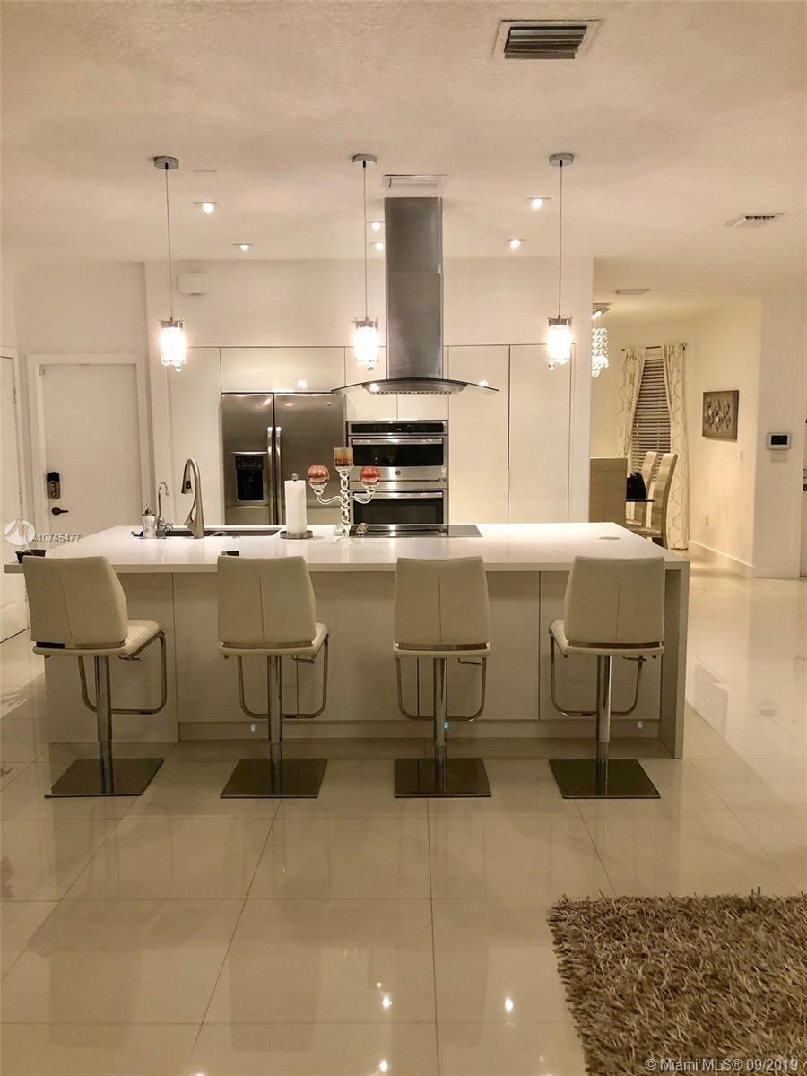 8630 NW 110th Ave  For Sale A10745477, FL