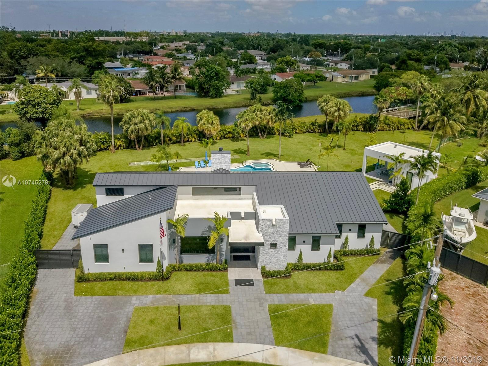 9355 SW 84th Ter  For Sale A10745279, FL