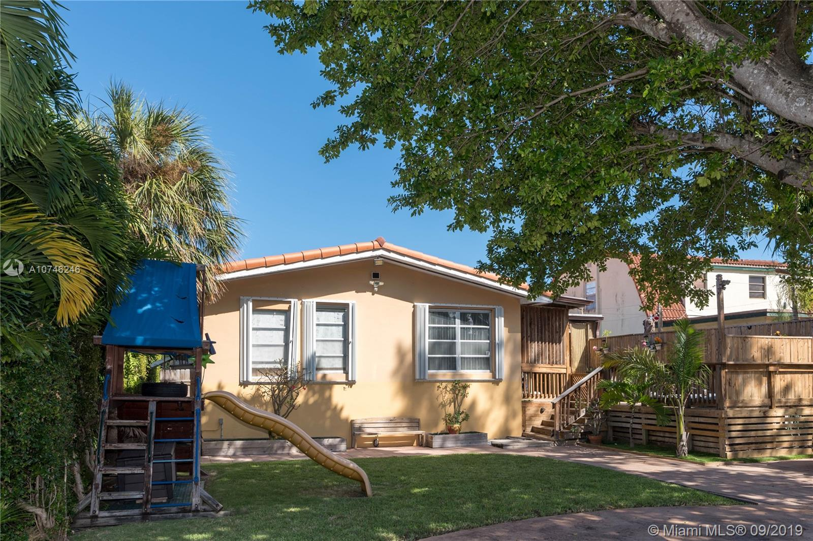 9248  Emerson Ave  For Sale A10746246, FL