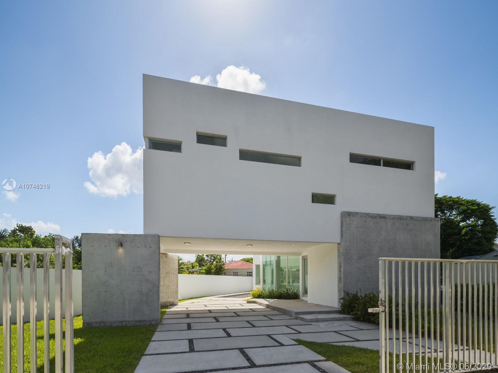 Great opportunity to own a brand new construction single family home in The Roads. This one of a kind property features 3 bedrooms 3 baths, plus a den, open concept, spacious backyard and beautiful panoramic view of the pool. Huge master suite, with jacuzzi and spacious walk in closets. Located minutes from Brickell, Coconut Grove and Key Biscayne.