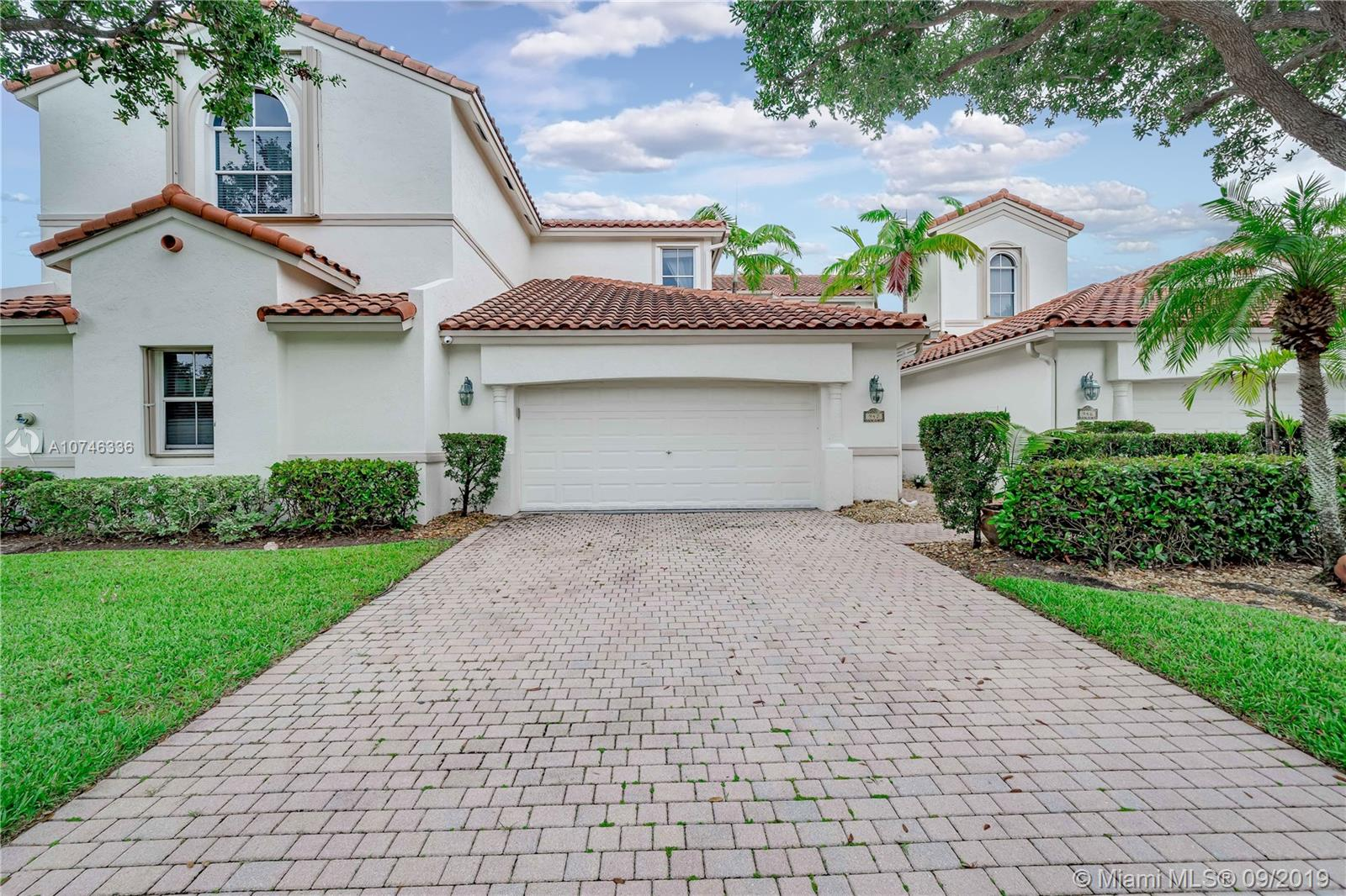942  Harbor View South  For Sale A10746336, FL