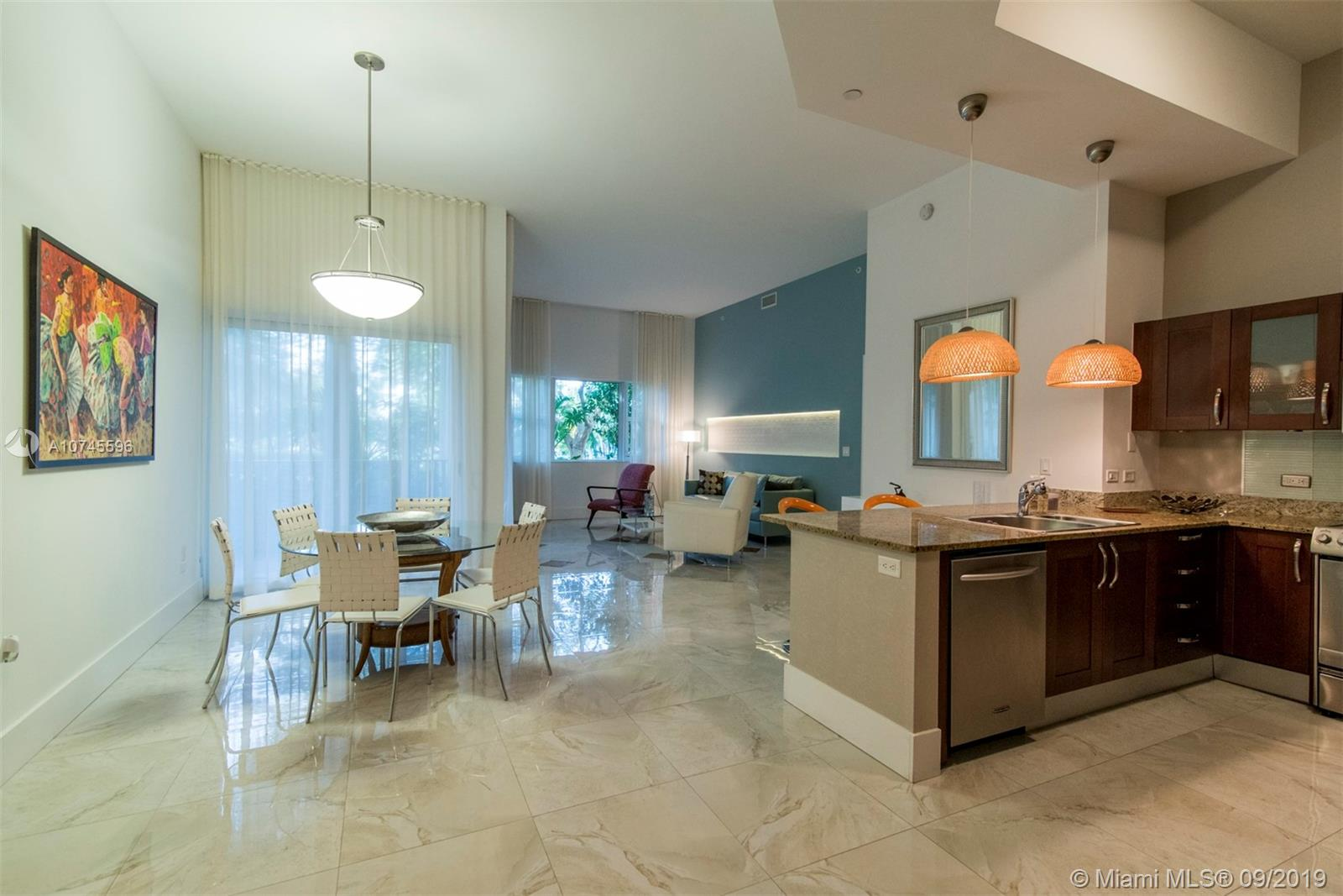20000 E Country Club Dr #104, Aventura FL 33180