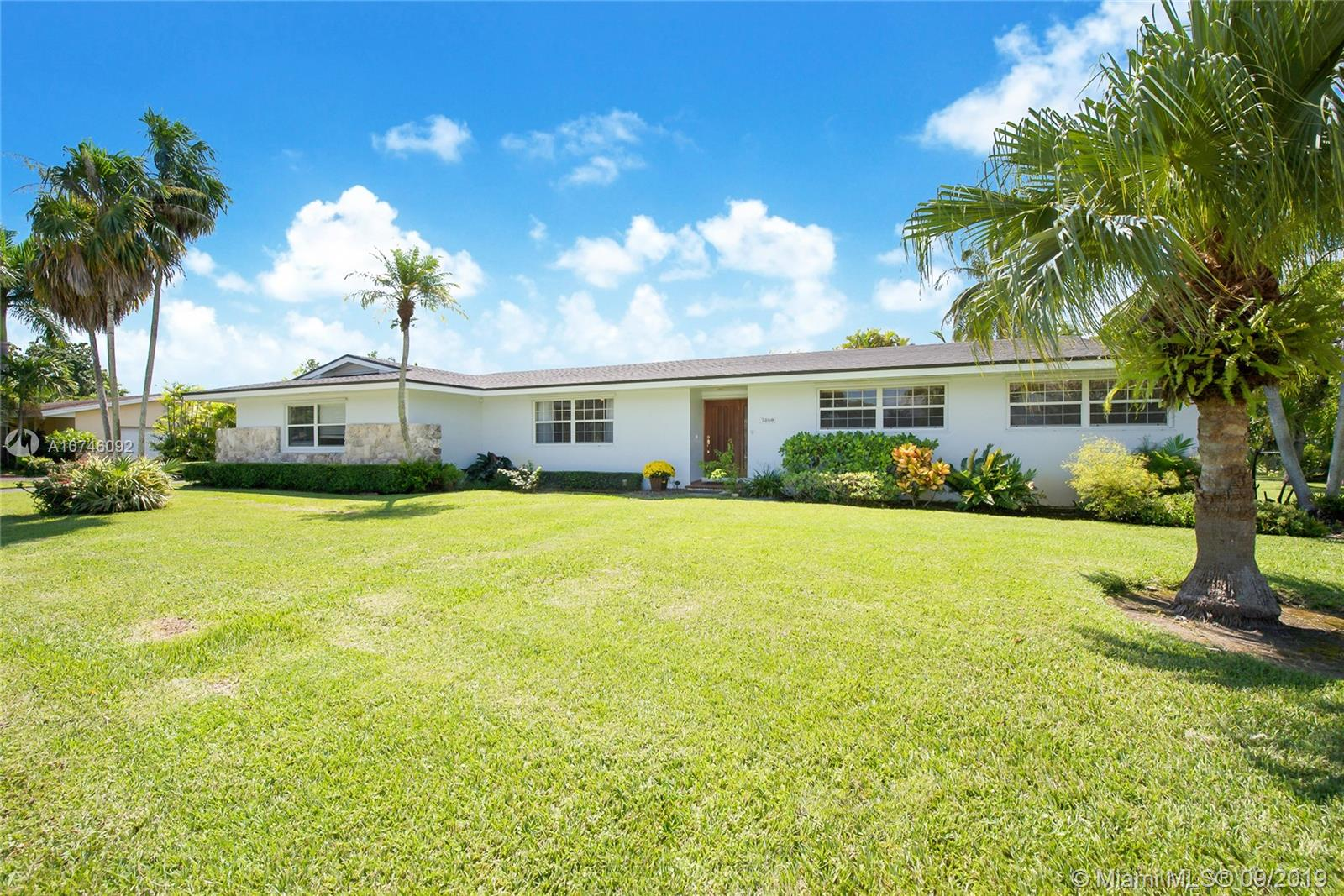 7860 SW 141st St  For Sale A10746092, FL
