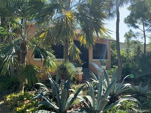 46 N E 43rd St  For Sale A10745894, FL