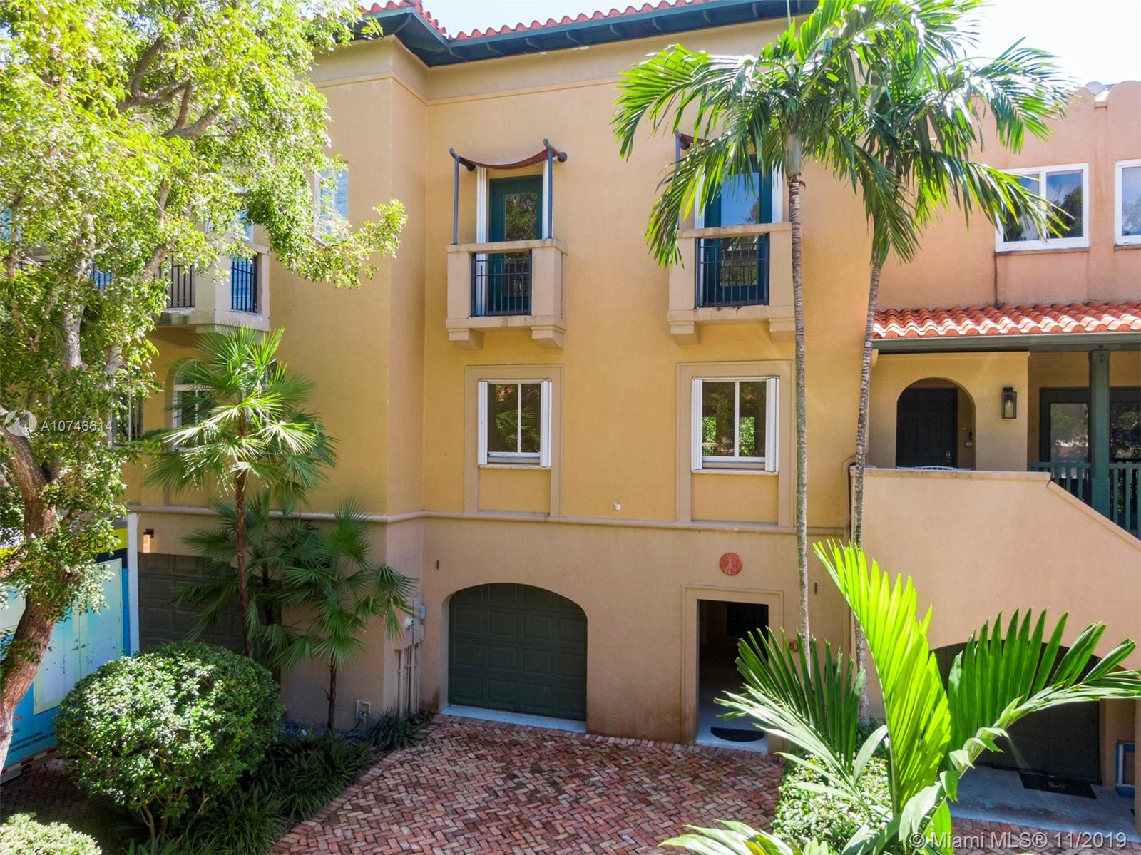 6147  Paradise Point Dr  For Sale A10746614, FL