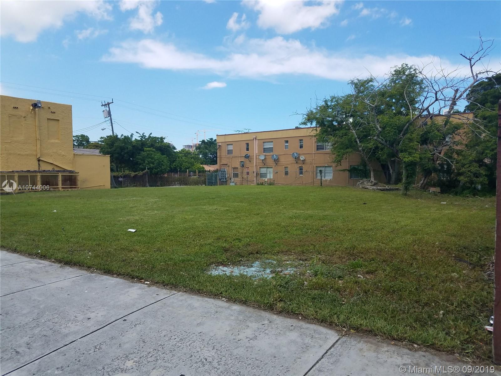 631 NW 5th Ave  For Sale A10744006, FL