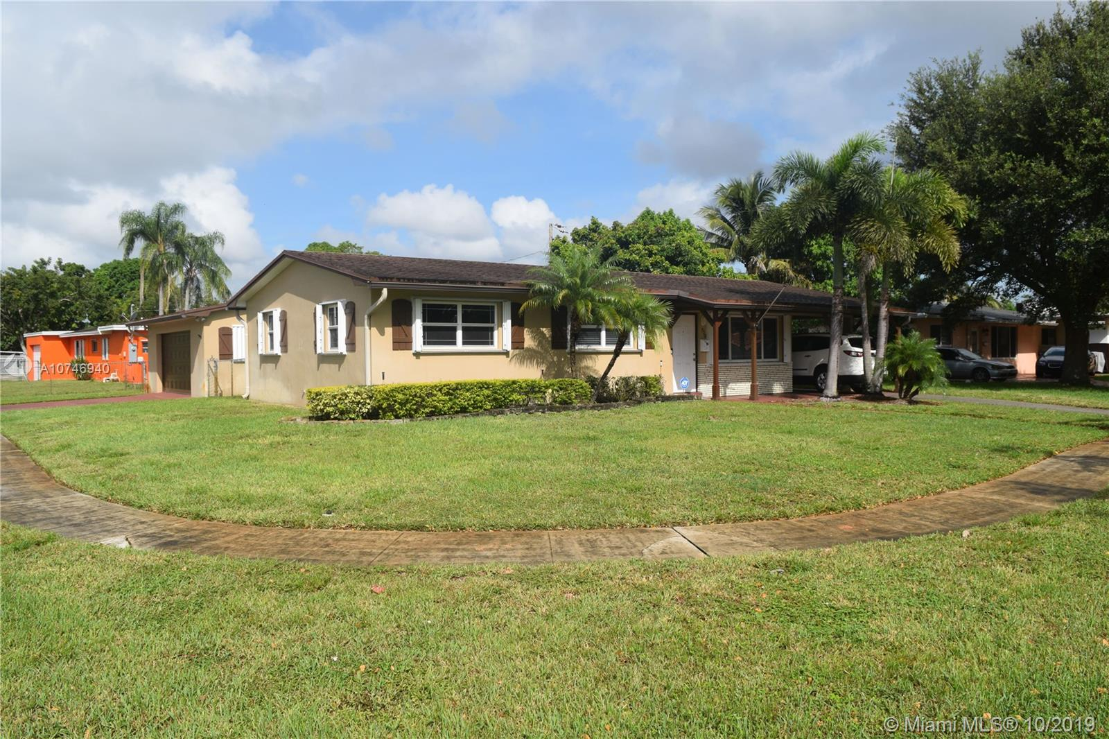 730 SW 68th Blvd  For Sale A10746940, FL