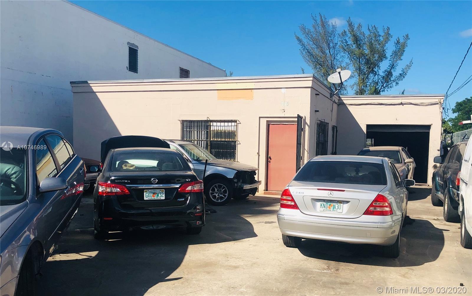 935 26th St, West Palm Beach, FL 33407