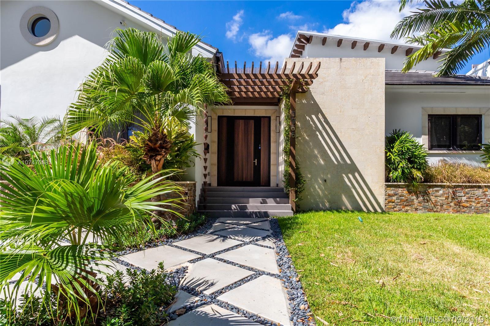 5966 NE 6th Ave  For Sale A10747068, FL