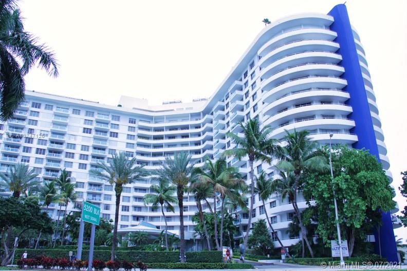 5151  Collins Ave #427 For Sale A10747126, FL